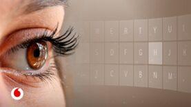 Teclear con la pupila: así ayuda la tecnología a comunicarse a pacientes de ELA.