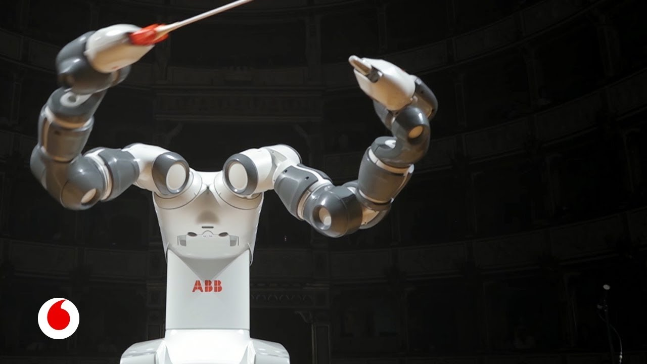 YuMi, el robot que te hace un café y te dirige una orquesta sinfónica.