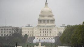Senadores estadounidenses presentan proyecto de ley de sanciones contra China por virus