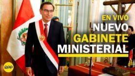 El presidente del Perú, Martín Vizcarrá toma juramento a su nuevo gabinete ministerial