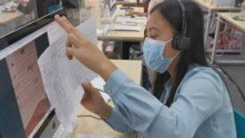 Un call center de profesores para la enseñanza a distancia en Filipinas por pandemia